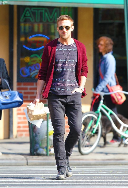 famosos-hipster-estilo-people-celebs-estrellas-modaddiction-moda-fashion-hipster-style-men-women-trends-tendencias-hollywood-ryan-gosling