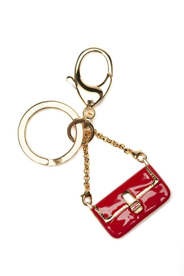 fendi-baguette-15-anos-15-years-bag-bolso-modaddiction-milan-moda-fashion-vintage-karl-lagerfeld-accesorio-accesories-complemento-llavero