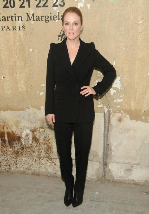 h&m-hm-maison-martin-margiela-lanzamiento-launch-party-nueva-york-new-york-modaddiction-collaboration-colaboracion-moda-fashion-famosos-julianne-moore