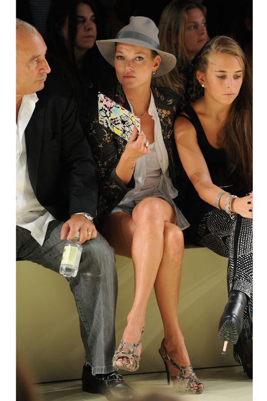 looks-kate-moss-estilos-modaddiction-modelo-top-model-moda-fashion-trends-tendencias-vogue-paris-topshop