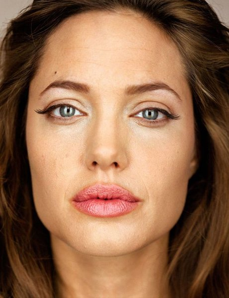 Martin-schoeller-fotografo-photography-fotografia-photographer-modaddiction-stars-estrellas-hollywood-celebs-famosos-moda-fashion-arte-art-culture-cultura-angelina-jolie