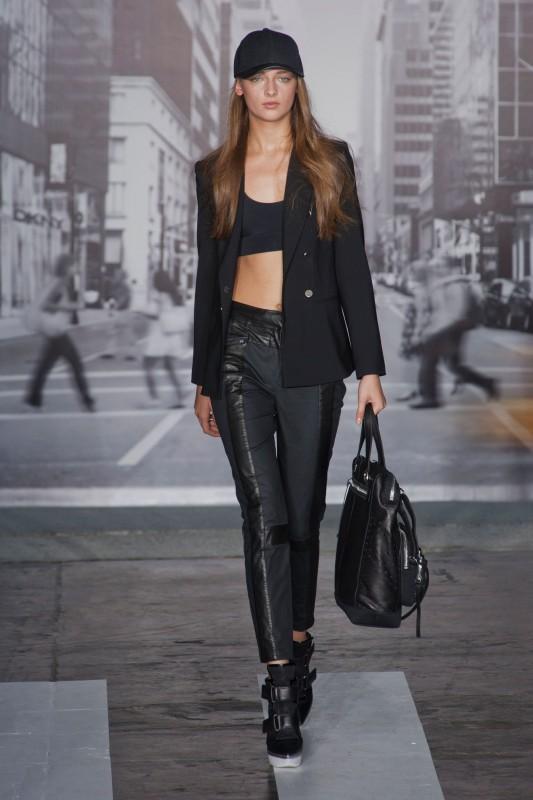 nueva-york-londres-semana-moda-new-york-london-fashion-week-modaddiction-trends-tendencias-moda-fashion-primavera-verano-2013-summer-spring-mejor-best-of-dkny