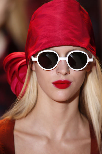 paris-fashion-week-must-have-primavera-verano-2013-spring-summer-2013-modaddiction-moda-fashion-trends-tendencias-semana-moda-foulard-rochas