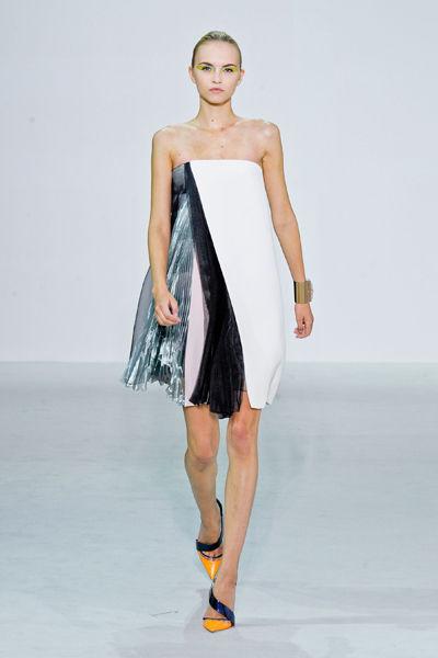 paris-fashion-week-must-have-primavera-verano-2013-spring-summer-2013-modaddiction-moda-fashion-trends-tendencias-semana-moda-plisado-dior