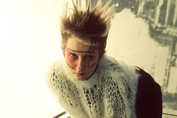 punk-metropolitan-new-york-nueva-york-met-modaddiction-exhibition-exposicion-moda-fashion-trends-tendencias-cultura-culture-musica-music-punk-2