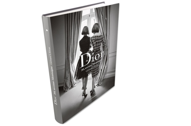 taller-dior-alta-costura-backstage-haute-couture-dior-modaddiction-paris-livre-book-christian-dior-SS-2012-PV-2012-vogue-paris-dior-30-avenue-montaigne-moda-fashion-2