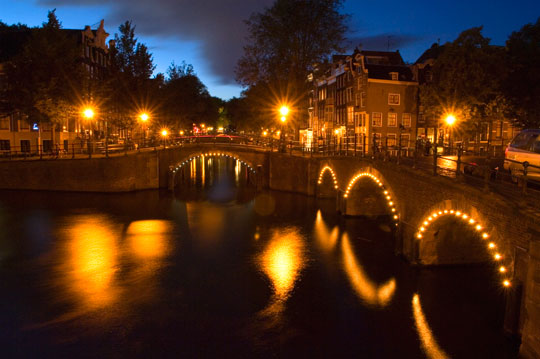 top-10-lonely-planet-best-places-2013-mejores-lugares-2013-modaddiction-travel-trip-moda-fashion-trends-tendencias-ciudad-city-amsterdam