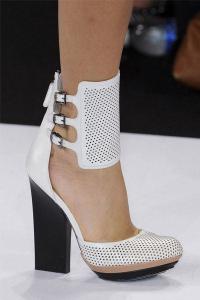 zapatos-shoes-calzado-fashion-weeks-modaddiction-semana-moda-primavera-verano-2013-spring-summer-2013-moda-fashion-trends-tendencias-bcbg-max-azria