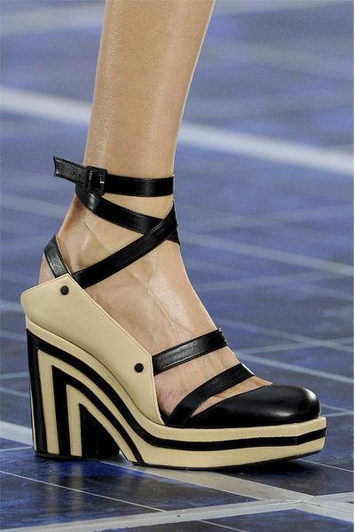 zapatos-shoes-calzado-fashion-weeks-modaddiction-semana-moda-primavera-verano-2013-spring-summer-2013-moda-fashion-trends-tendencias-chanel