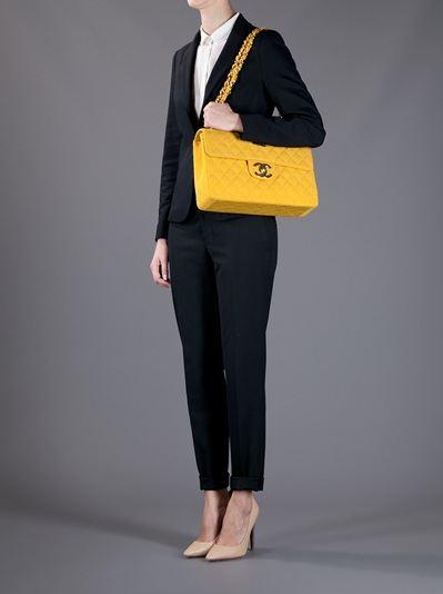 moda-fashion-vintage-lujo-retro-luxe-modaddiction-farfetch-web-shop-online-trends-tendencias-estilo-look-chanel-vintage-bolso-bag