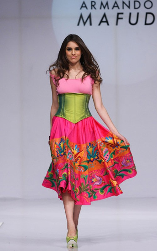 moda-méxico-fashion-mexico-etnic-etnica-modaddiction-indigena-trends-tendencias-disenador-design-estilo-look-armando-mafud