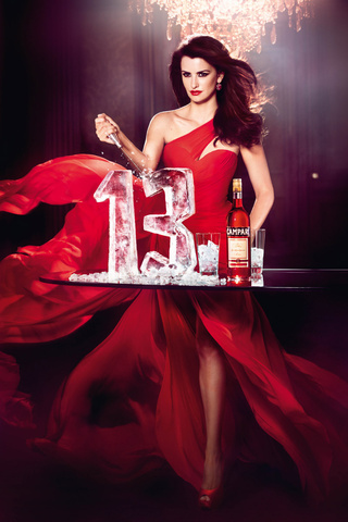 penelope_cruz_calendario_campari_2013_calendar-modaddiction-fotografia-photography-people-star-estrella-famosa-moda-fashion-kristian-schuller-imagen-musa-1