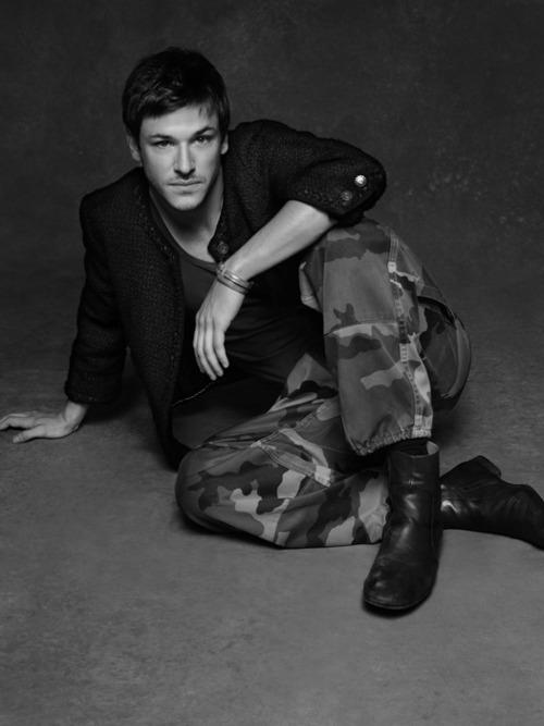petite-veste-noire-little-black-jacket-pequena-chaqueta-negra-grand-palais-paris-modaddiction-arte-art-karl-lagerfeld-carine-roitfeld-moda-fashion-expo-foto-gaspard-ulliel