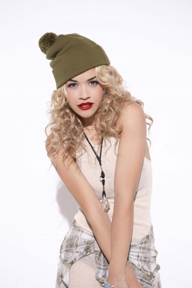 rita-ora-looks-photos-music-style-trendy-fashion-moda-cantante-alternative-modaddiction