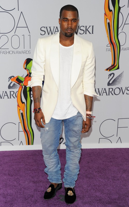 slippers-hombre-man-menswear-zapatos-shoes-calzado-modaddiction-moda-fashion-trends-tendencias-mocasines-bailarinas-hombres-2012-2013-kanye-west