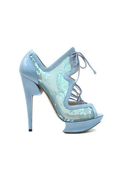 victoria's-secret-shoes-zapatos-calzado-modaddiction-desfile-catwalk-runway-pasarela-nicholas-kirkwood-zapatillas-tacones-lentejuelas-9