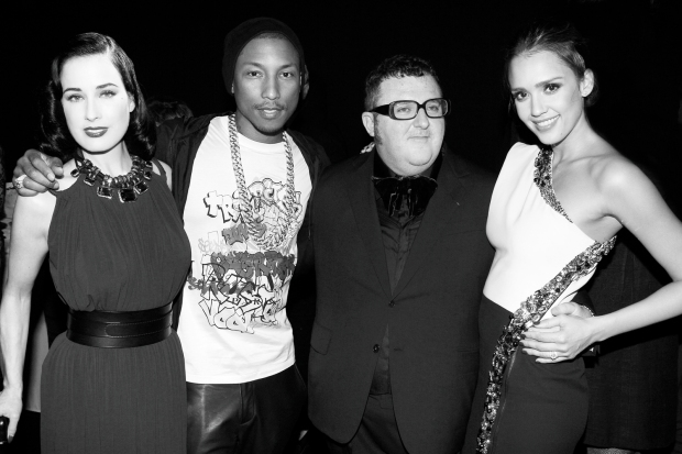 ano-2012-moda-fashion-tendencias-trends-modaddiction-momentos-moments-recuerdos-retrospective-2013-10-puntos-alber-elbaz-lanvin-paris-10-years-anos