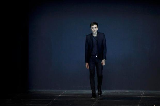 ano-2012-moda-fashion-tendencias-trends-modaddiction-momentos-moments-recuerdos-retrospective-2013-10-puntos-yves-saint-laurent-paris-hedi-slimane