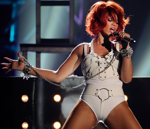ask-men-mujeres-sexy-mundo-women-attractive-world-modaddiction-people-famosa-celebs-star-trends-tendencias-moda-fashion-celebrities-rihanna