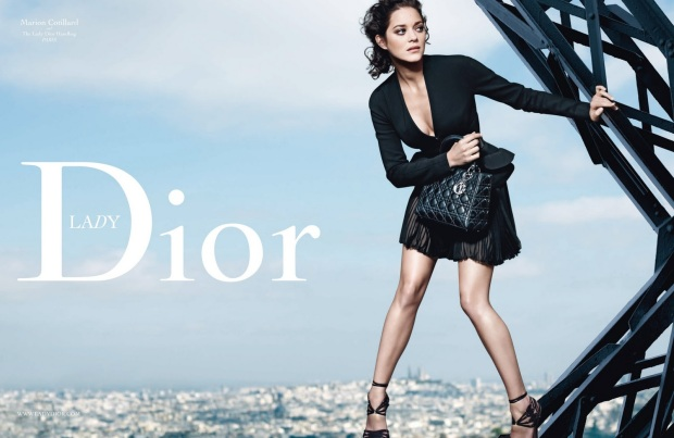 christian-dior-marion-cotillard-lady-dior-it-bolso-it-bag-design-diseno-modaddiction-moda-fashion-famosa-star-hollywood-lujo-juxe-trends-tendencias-paris-campana-campaign-1