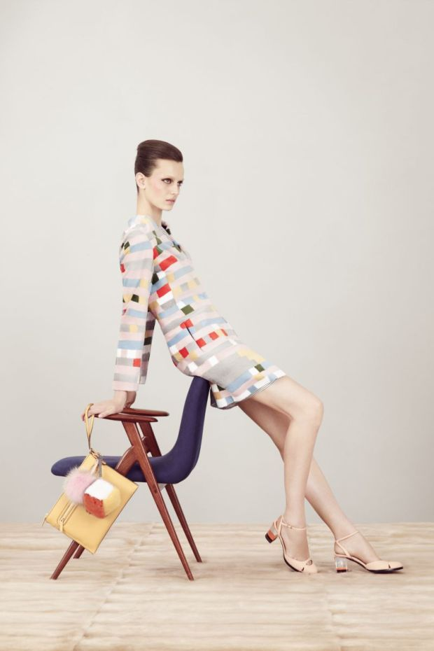 Fendi-coleccion-crucero-2013-collecion-cruise-2013-modaddiction-fendi-italia-roma-karl-lagerfeld-steve-stolbard-moda-fashion-geomatria-lego-pieles-cuero-lookbook-10
