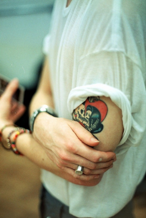 hipster-tattoo-tatuaje-hipster-tendencia-trends-modaddiction-estilo-look-moda-fashion-moderno-mujer-hombre-man-woman-design-diseno-craneo-skull-2