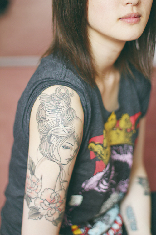hipster-tattoo-tatuaje-hipster-tendencia-trends-modaddiction-estilo-look-moda-fashion-moderno-mujer-hombre-man-woman-design-diseno-romantico-2