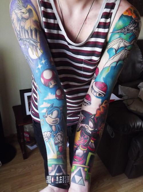 hipster-tattoo-tatuaje-hipster-tendencia-trends-modaddiction-estilo-look-moda-fashion-moderno-mujer-hombre-man-woman-nerd-geek-intelectual-manga