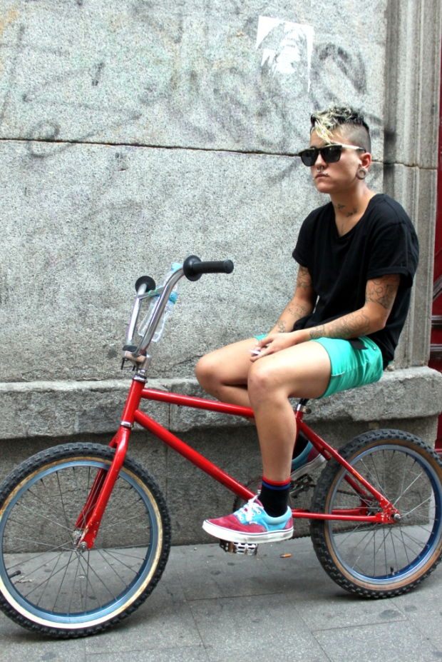 H&M-Brick-Lane-Bike-moda-hombre-fashion-man-menswear-bicicleta-chic-hipster-modaddiction-h&m-marzo-2013-march-2013-trends-tendencias-urban-urbano-deporte-casual-sport-smart-riders-3
