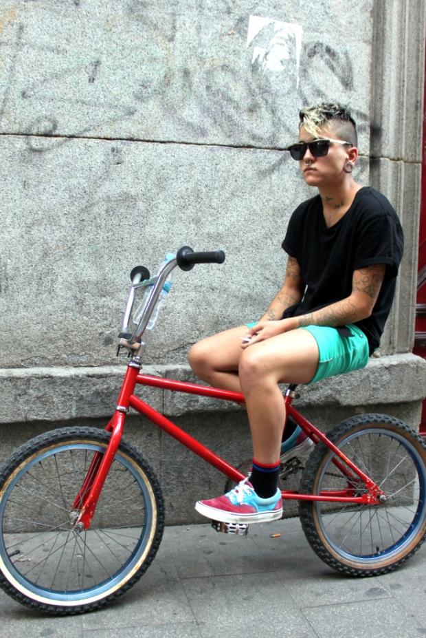 H&M-Brick-Lane-Bike-moda-hombre-fashion-man-menswear-bicicleta-chic-hipster-modaddiction-h&m-marzo-2013-march-2013-trends-tendencias-urban-urbano-deporte-casual-sport-smart-riders-3