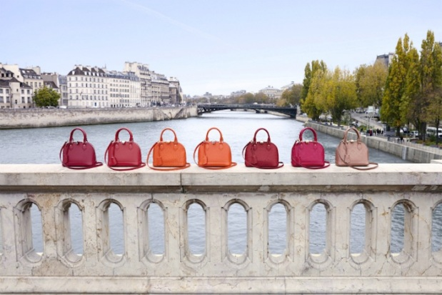 Louis-Vuitton-Small-Is-Beautiful-modaddiction-moda-fashion-complementos-accesorios-blog-bloggers-collaboration-colaboracion-Hanneli-Mustaparta-Miroslava-Duma-Elin-Kling-2