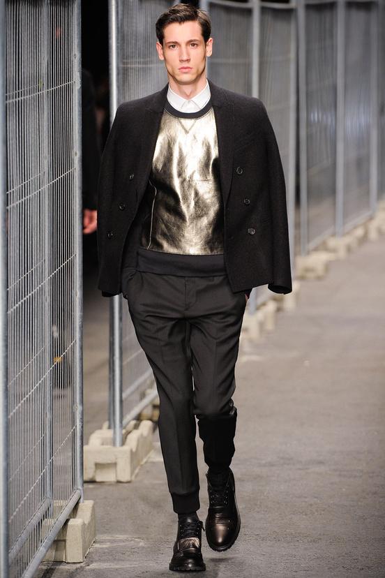 moda-hombre-fiesta-fina-ano-fashion-man-menswear-party-end-year-navidad-christmas-ano-nuevo-new-year-modaddiction-trends-tendencias-2012-2013-chic-casual-smart-noche-night-neil-barrett