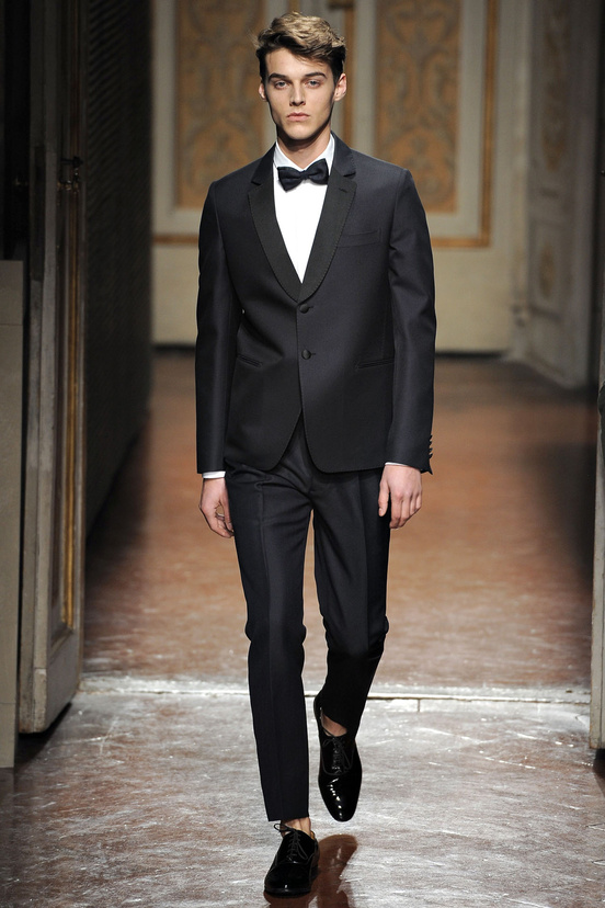 moda-hombre-fiesta-fina-ano-fashion-man-menswear-party-end-year-navidad-christmas-ano-nuevo-new-year-modaddiction-trends-tendencias-2012-2013-chic-casual-smart-noche-night-valentino
