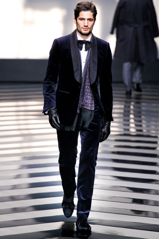 moda-hombre-fiesta-fina-ano-fashion-man-menswear-party-end-year-navidad-christmas-ano-nuevo-new-year-modaddiction-trends-tendencias-2012-2013-chic-casual-smart-roberto-cavalli