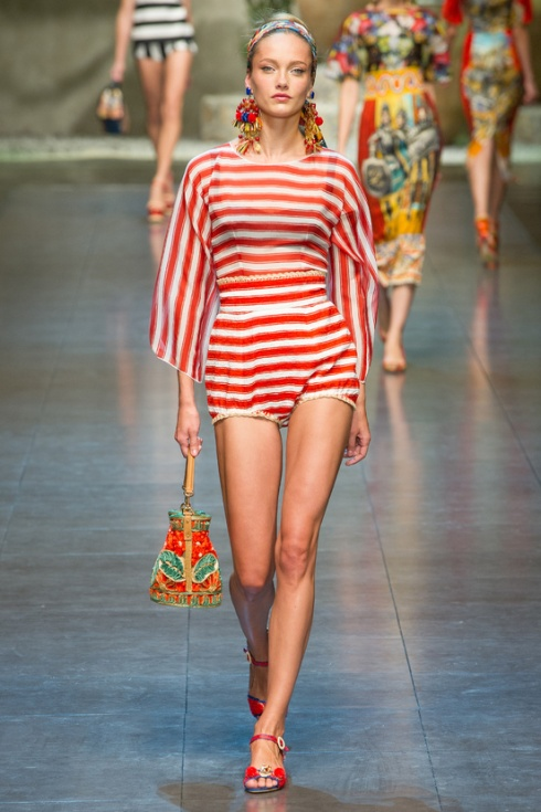 Tendencias-primavera-verano-2013-trends-spring-summer-2013-fashion-week-semana-moda-modaddiction-runway-desfile-design-diseno-vintage-pastel-color-paris-londres-dolce-&-gabbana-2