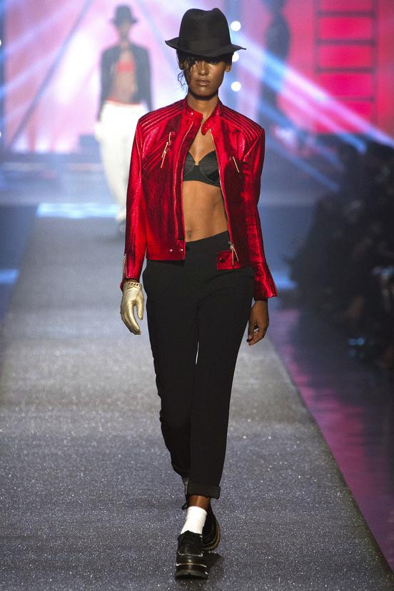 Tendencias-primavera-verano-2013-trends-spring-summer-2013-fashion-week-semana-moda-modaddiction-runway-desfile-design-diseno-vintage-pastel-color-paris-londres-jean-paul-gaultier-2