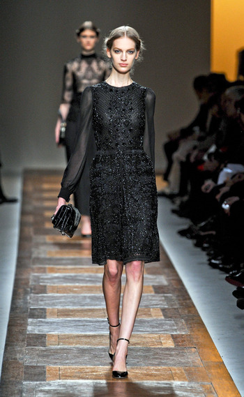 vestido-fiestas-noche-navidad-dress-party-night-christmas-modaddiction-chic-glamour-moda-fashion-trends-tendencias-estilo-look-winter-2012-invierno-2012-little-black-dress-valentino