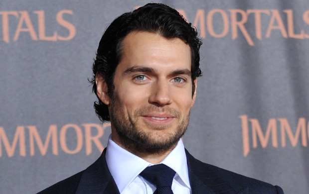 2013-people-famosos-celebs-estrellas-stars-celebrities-hollywood-modaddiction-actor-actress-actriz-singer-cantante-modelo-model-2013-cultura-culture-trends-tendencias-henry-cavill