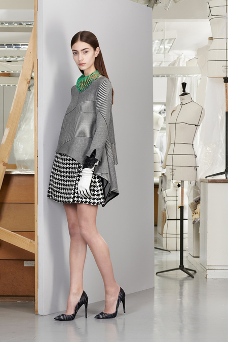 christian-dior-lookbook-pre-fall-winter-2013-avance-otono-invierno-2013-modaddiction-mujer-woman-chic-lujo-moda-fashion-estilo-look-20