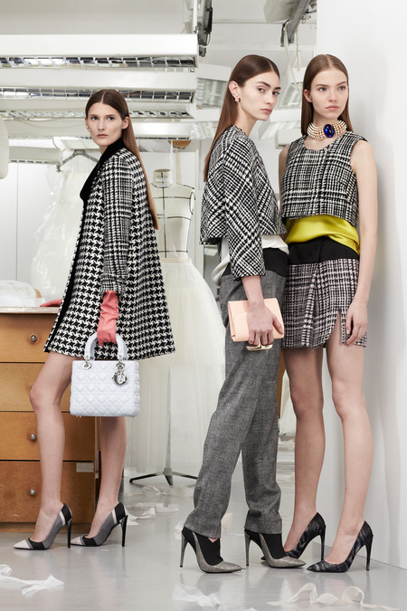 christian-dior-lookbook-pre-fall-winter-2013-avance-otono-invierno-2013-modaddiction-mujer-woman-chic-lujo-moda-fashion-estilo-look-3