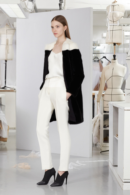 christian-dior-lookbook-pre-fall-winter-2013-avance-otono-invierno-2013-modaddiction-mujer-woman-chic-lujo-moda-fashion-estilo-look-5