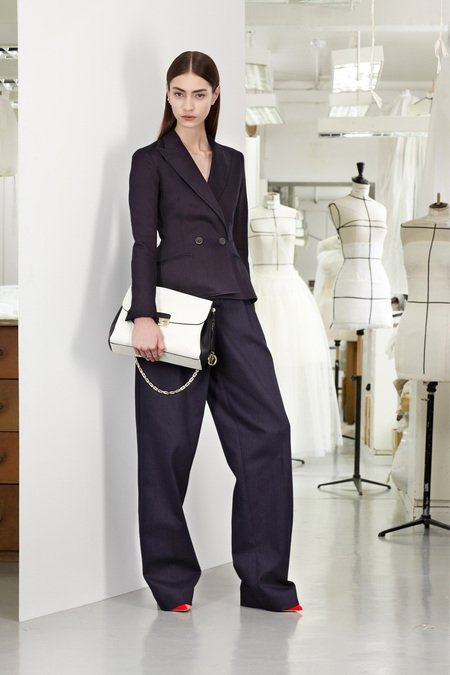 christian-dior-lookbook-pre-fall-winter-2013-avance-otono-invierno-2013-modaddiction-mujer-woman-chic-lujo-moda-fashion-estilo-look-9