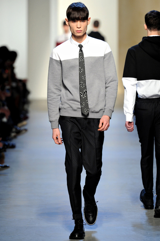 fashion-week-men-man-semana-moda-menswear-hombre-paris-modaddiction-otono-invierno-2013-2014-fall-winter-moda-fashion-trends-tendencias-desfile-catwalk-kris-van-assche-casual-chic