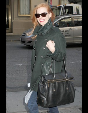 jessica-chastain-it-bag-it-bolso-complemento-accesorios-accessories-handbags-modaddiction-actriz-actress-moda-fashion-hollywood-street-style-street-look-Belstaff-Dolton