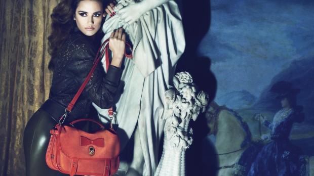 penélope-cruz-loewe-madrid-bolso-bag-modaddiction-lujo-luxury-luxe-moda-fashion-trends-tendencias-campana-publicitaria-anuncio-campaign-primavera-verano-2012-spring-summer-4