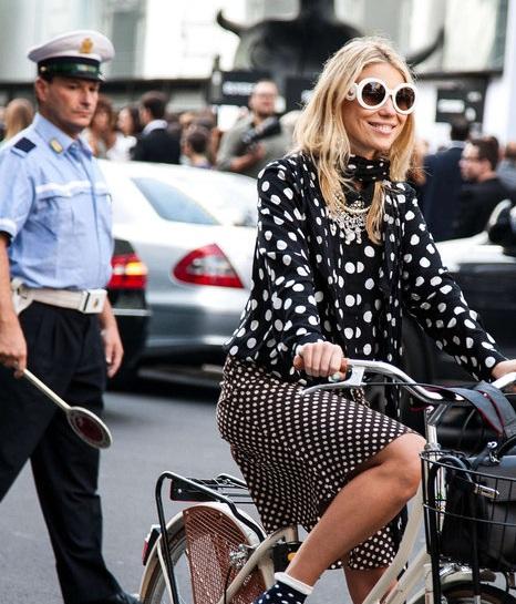 street-style-glasses-moda-gafas-modaddiction-sunglasses-eyeglasses-gafas-sol-woman-man-hombre-mujer-moda-fashion-trends-tendencias-primavera-verano-2013-spring-summer-10