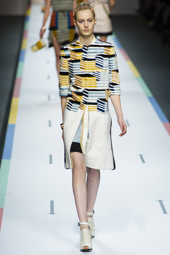 tendencia-rayas-trends-stripes-color-modaddiction-fashion-week-desfile-pasarela-runway-catwalk-brands-low-cost-marcas-moda-fashion-primavera-verano-2013-spring-summer-2013-fendi