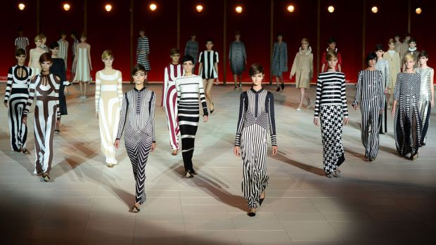 tendencia-rayas-trends-stripes-color-modaddiction-fashion-week-desfile-pasarela-runway-catwalk-brands-low-cost-marcas-moda-fashion-primavera-verano-2013-spring-summer-2013-marc-jacobs-2