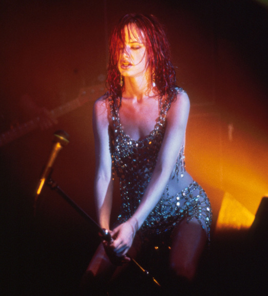 actrices-cantantes-actresses-singers-modaddiction-culture-cultura-artista-artist-arte-art-actriz-actress-trends-tendencias-song-cancion-sexy-Juliette-Lewis