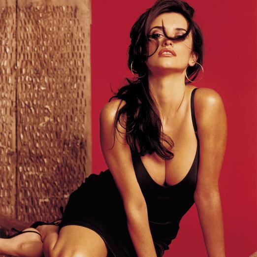 actrices-cantantes-actresses-singers-modaddiction-culture-cultura-artista-artist-arte-art-actriz-actress-trends-tendencias-song-cancion-sexy-penelope-cruz